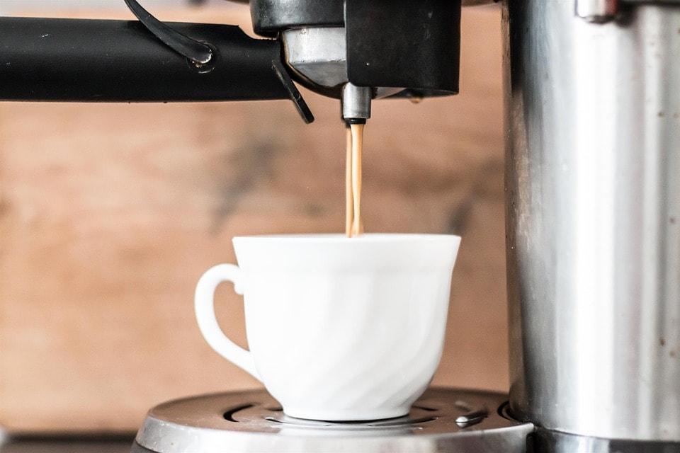 Espressoare, cafetiere